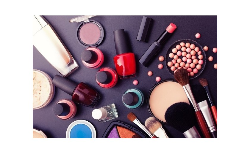 TOP products in Cosmetics by Country category